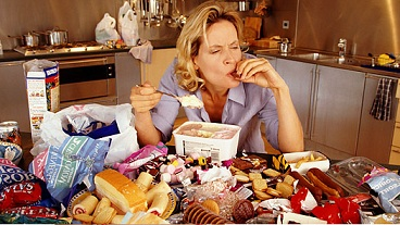 emotional-eating-woman.jpg
